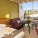Leonardo-club-eilat-superior-balcony-room