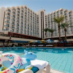 Leonardo-club-tiberias-hote-building-and-pool